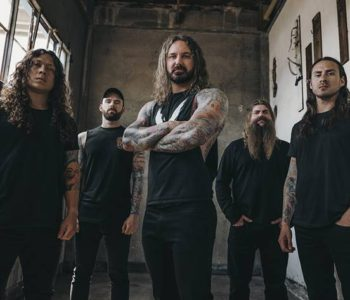 "NEWS: AS I LAY DYING Release ""Destruction or Strength"" Single To Benefit Crew Members & Local Charity!"
